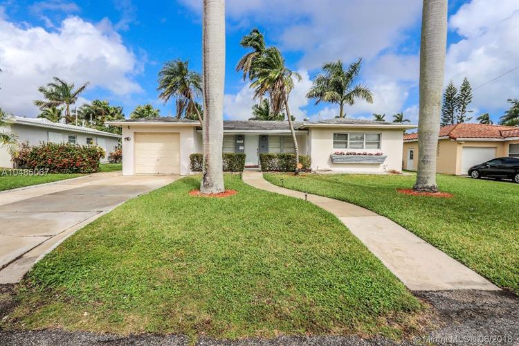 1319 Buchanan St, Hollywood, FL 33019