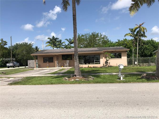 20735 Coral Sea Rd, Cutler Bay, FL 33189
