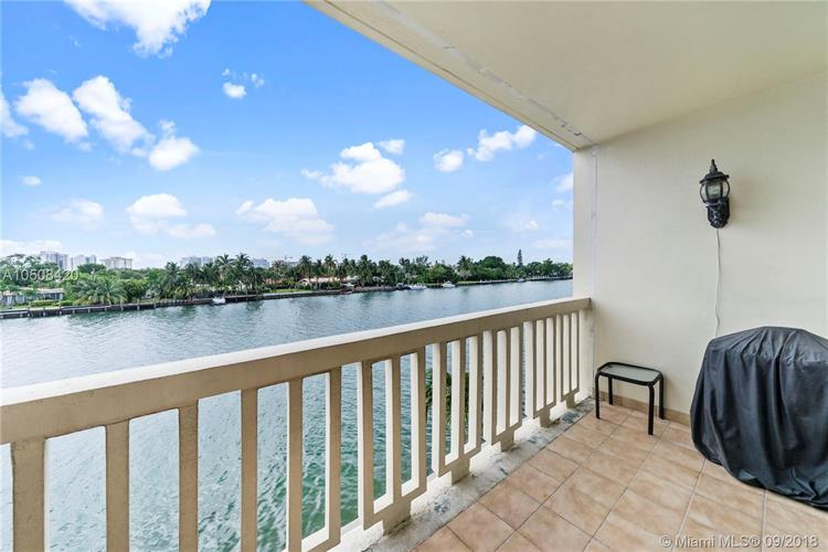9111 E Bay Harbor Dr, Bay Harbor Islands, FL 33154