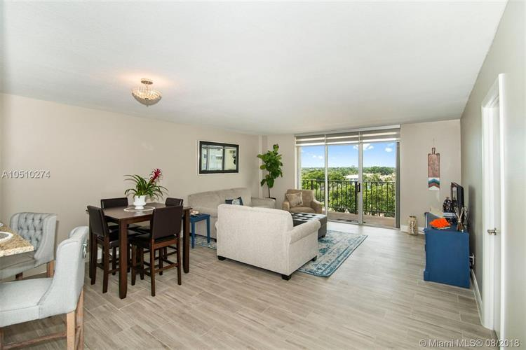 1900 S Ocean Blvd, Lauderdale by the Sea, FL 33062