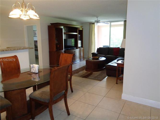 19877 E Country Club Dr, Aventura, FL 33180 - Image 1