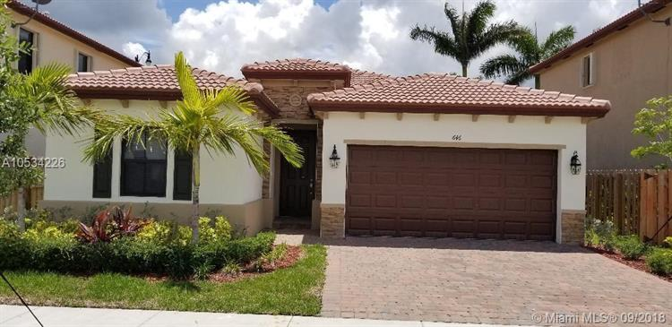 646 SE 37th Ave, Homestead, FL 33033