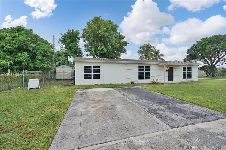 2231 NW 42nd Ave, Lauderhill, FL 33313