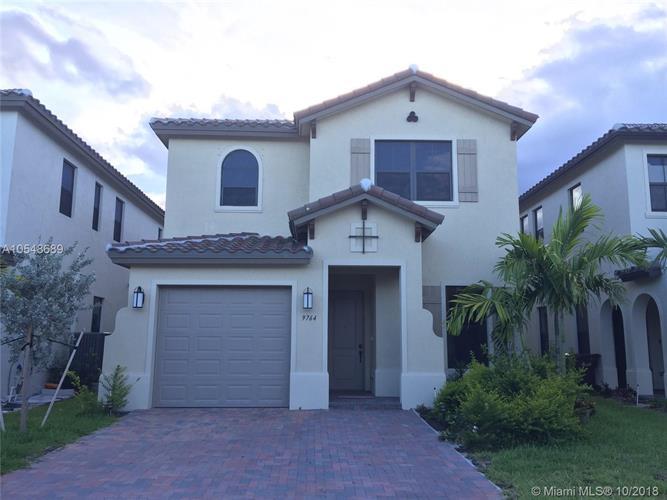 9764 W 34th Ct, Hialeah, FL 33018 - Image 1