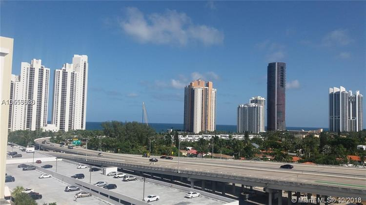 19390 Collins Ave, Sunny Isles Beach, FL 33160