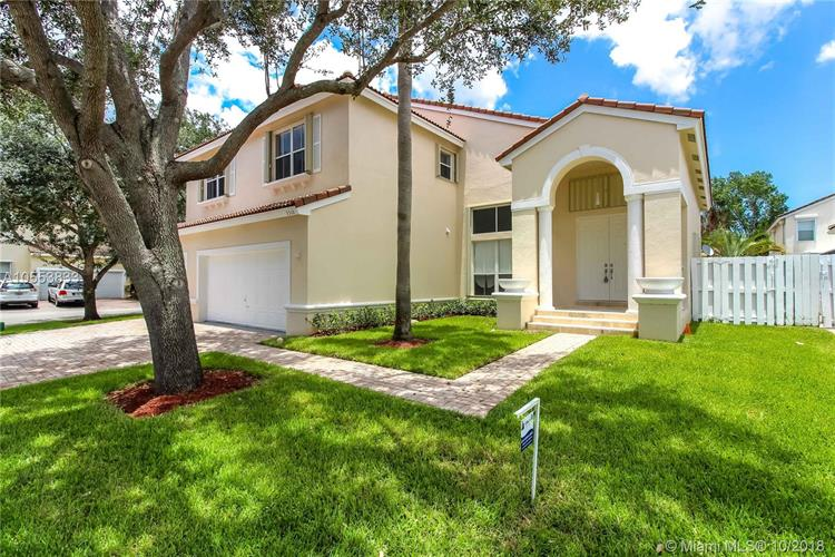 5310 SW 32nd Ter, Hollywood, FL 33023