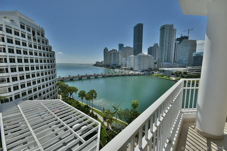701 Brickell Key Blvd, Miami, FL 33131
