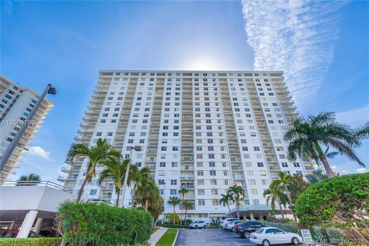 500 Bayview Dr, Sunny Isles Beach, FL 33160 - Image 1