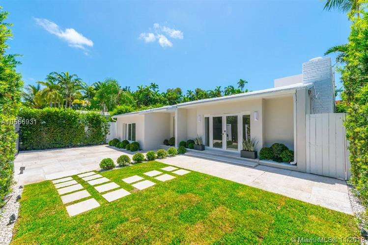 6071 N Bay Rd, Miami Beach, FL 33140 - Image 1