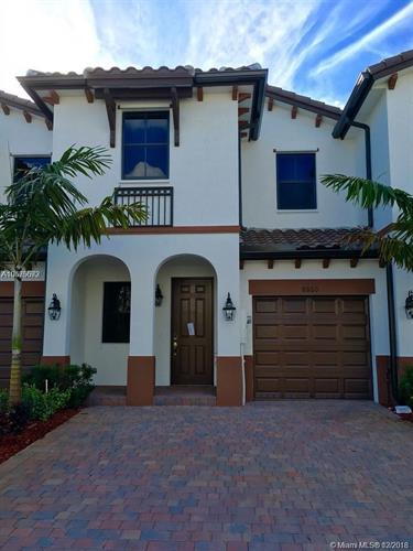 8860 NW 103rd Ave, Doral, FL 33178 - Image 1