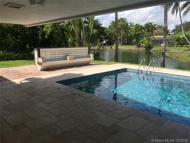 11025 SW 70th Ave, Pinecrest, FL 33156 - Image 1