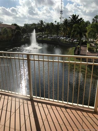 9630 NW 2nd St, Pembroke Pines, FL 33024 - Image 1