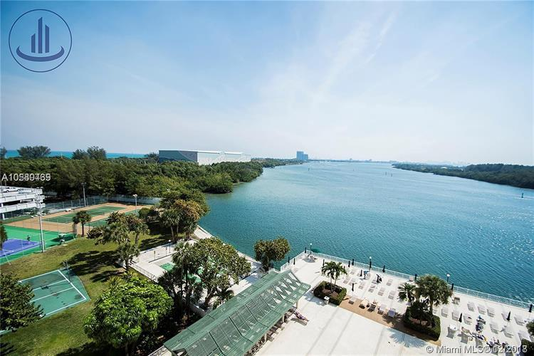 300 Bayview Dr, Sunny Isles Beach, FL 33160 - Image 1