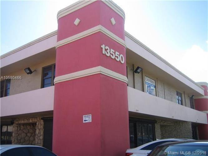 13550 SW 88th St, Miami, FL 33186 - Image 1