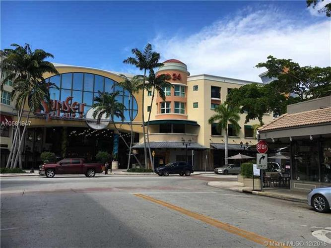 5740 SUNSET DR, South Miami, FL 33143 - Image 1