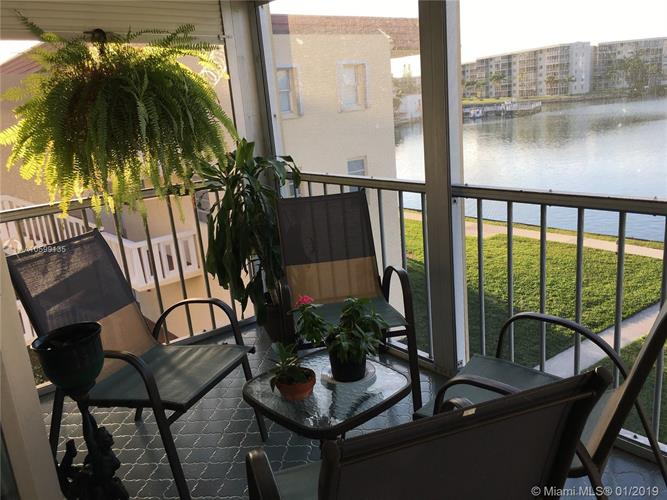2949 Point East Dr, Aventura, FL 33160 - Image 1