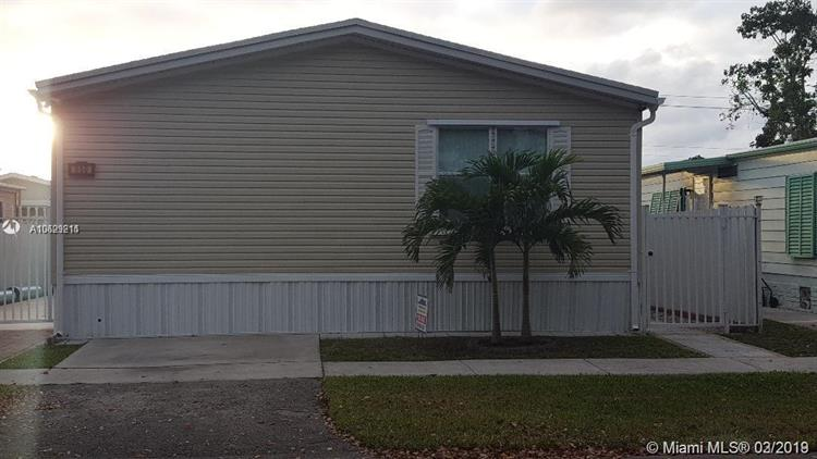 Pleasing 550 Nw 214Th Ave Pembroke Pines Fl 33029 For Sale Mls A10629214 Weichert Com Interior Design Ideas Inamawefileorg