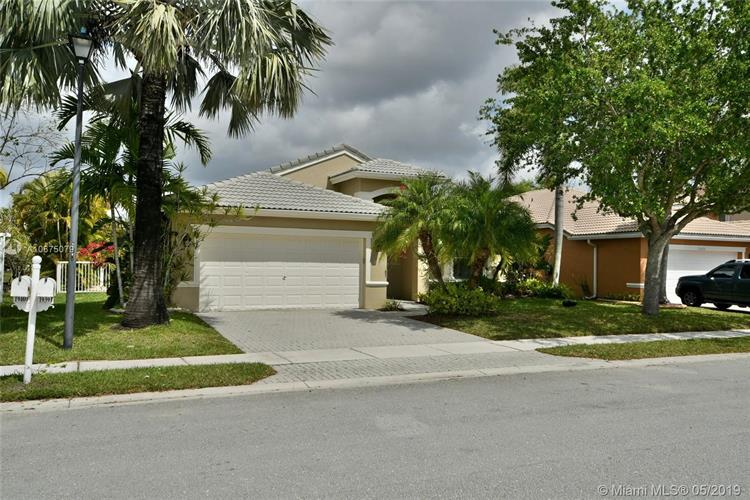 19391 SW 15th St, Pembroke Pines, FL 33029 - Image 1