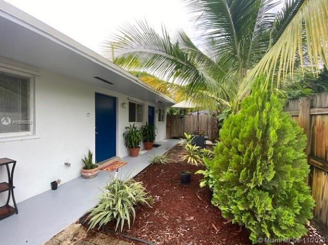 590 NW 40th Ct, Oakland Park, FL 33309 - Image 1