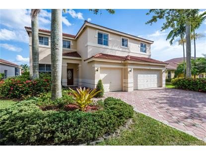 1042 Fairfield Meadows Drive , Weston, FL