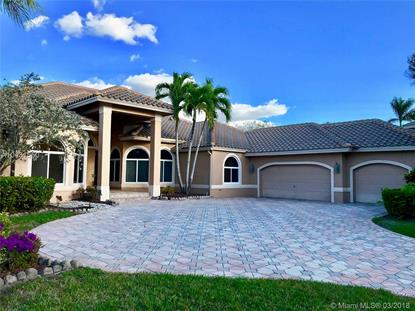 170 Dockside Circle , Weston, FL