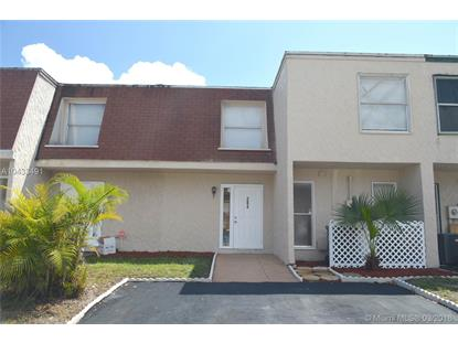 284 Sunshine Dr , Coconut Creek, FL