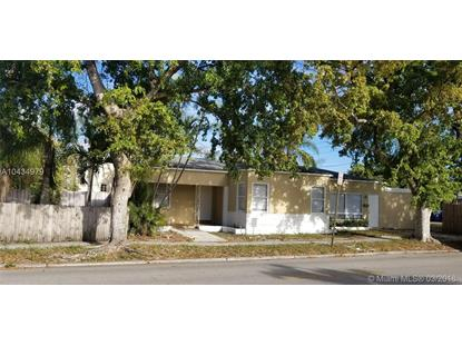 1958 Dewey St , Hollywood, FL
