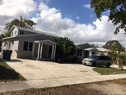 12324 NE 11 place , North Miami, FL