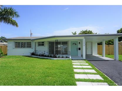 1004 SE 14th Street , Deerfield Beach, FL