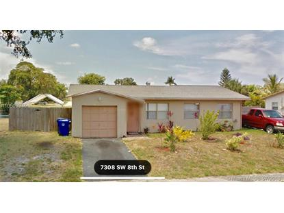 7307 SW 8th St , North Lauderdale, FL