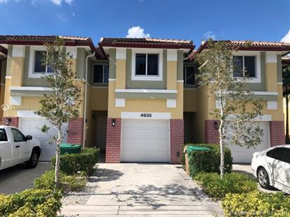 4935 SW 66th Ter  Davie, FL MLS# A10597654