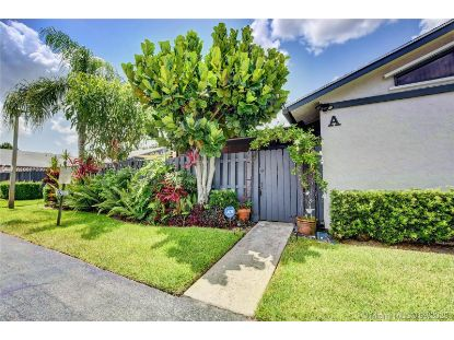 1008 Summit Trail Cir  West Palm Beach, FL MLS# A10887209