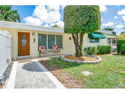 1737 SW 4th St  Fort Lauderdale, FL MLS# A10902826