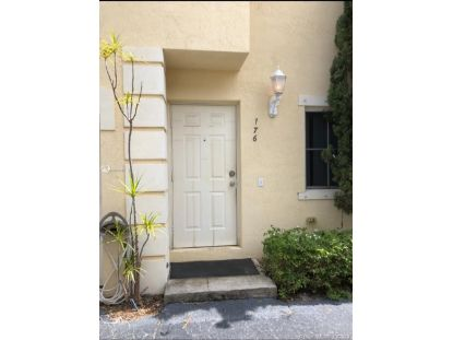 176 SE 2nd St  Deerfield Beach, FL MLS# A10934317