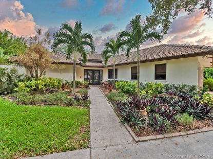 4980 SW 195th Ter  Southwest Ranches, FL MLS# A10967118
