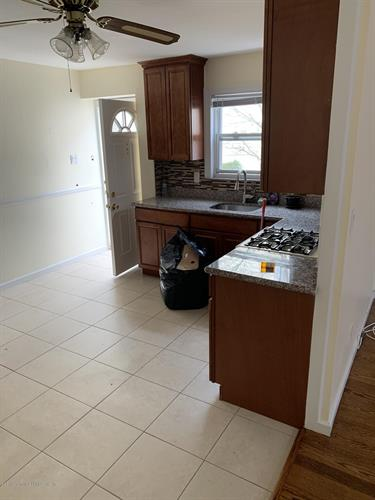 49 Signs Road, Staten Island NY 10314 For Rent, MLS # 1127498, Weichert com