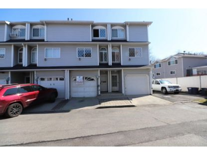 63 Simmons Loop Staten Island, NY MLS# 1140300