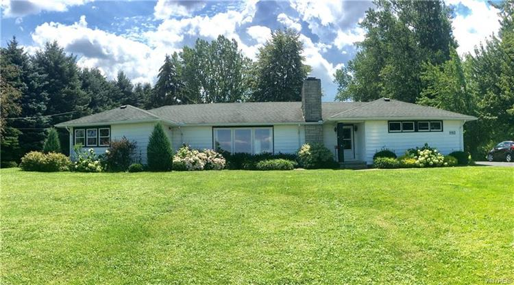 4162 East Lake Road, Wilson, NY 14172