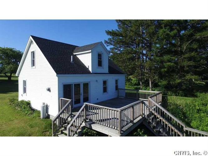 33867 State Route 12e Highway, Cape Vincent, NY 13618
