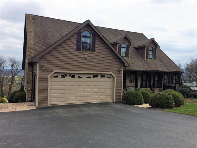 505 PINNACLE LN, Mifflinburg, PA 17844