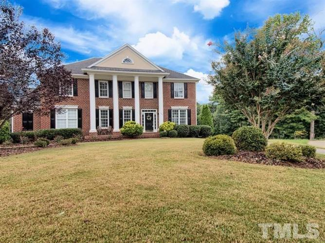 124 Arlen Park Place, Holly Springs, NC 27540