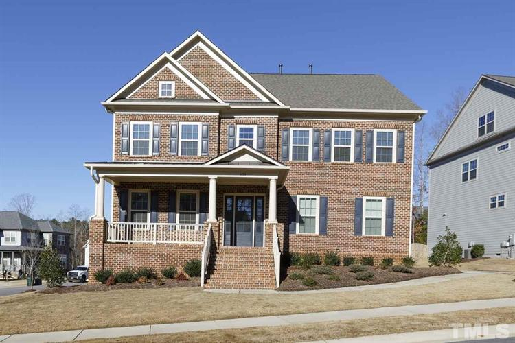 4824 Sunset Fairways Drive, Apex, NC 27539