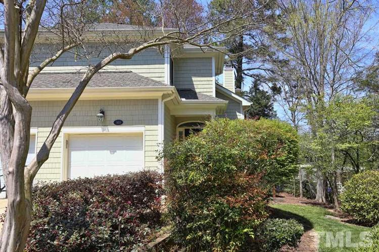 323 Columbia Place, Chapel Hill, NC 27516