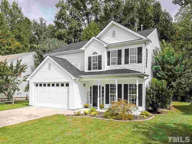 220 N Honey Springs Avenue, Fuquay Varina, NC 27526