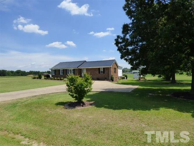 1837 Old Barbour Road, Benson, NC 27504 - Image 1