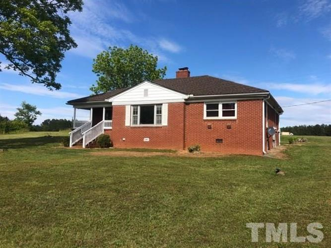 109 Little Ponderosa Road, Macon, NC 27551 - Image 1