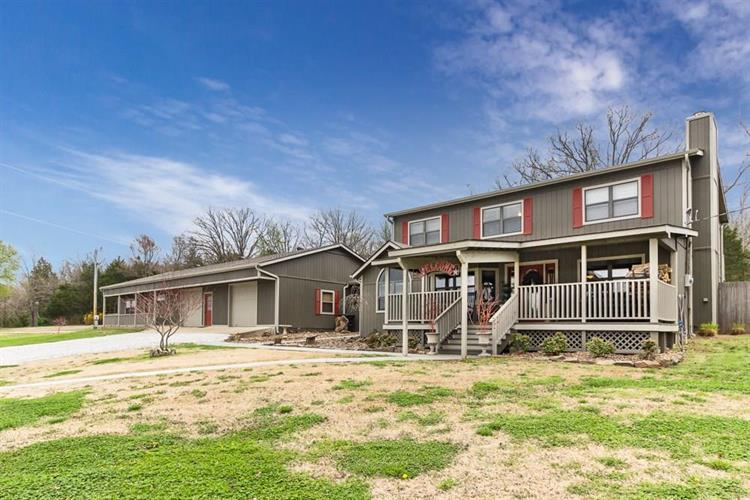 10262  S Highway 265, Fayetteville, AR 72701