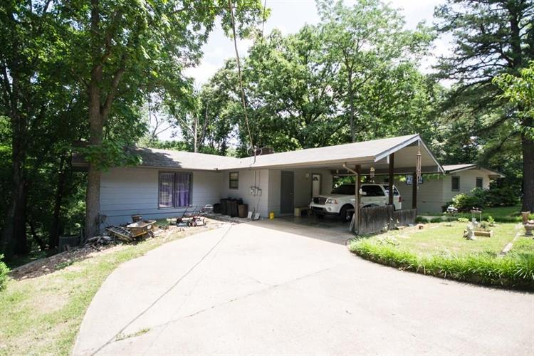 4 Cummings  LN, Bella Vista, AR 72715