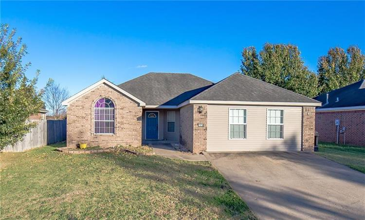 1078  S Liberty  DR, Fayetteville, AR 72701