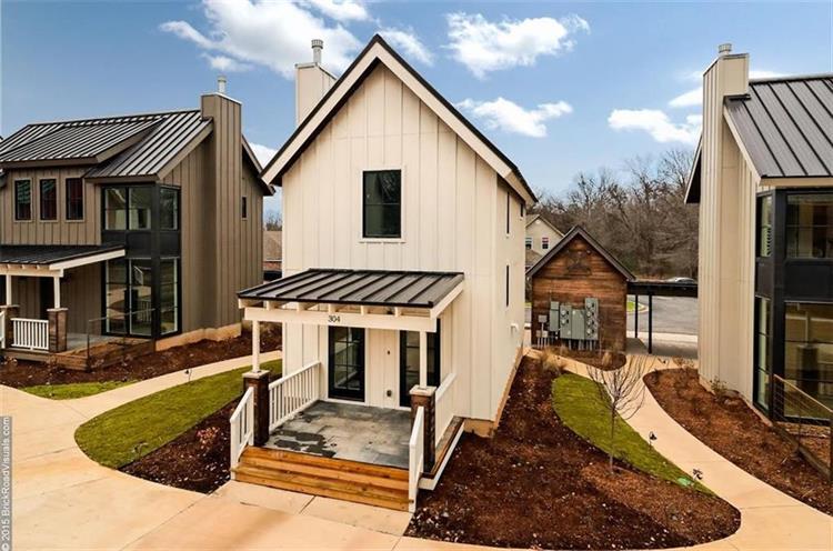 322 ne black apple ln unit a bentonville ar 72712 mls 1042746. Black Bedroom Furniture Sets. Home Design Ideas